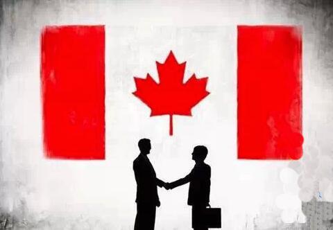加拿大新移民还没收到枫叶卡,回国后可以用登录纸返回加拿大吗?
