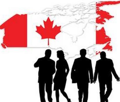 入籍加拿大后,原来的枫叶卡还有用吗?