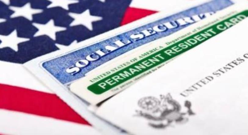 持美国绿卡去加拿大需要签证吗?
